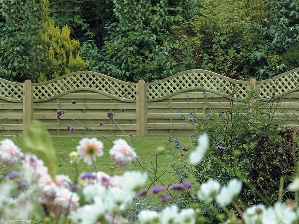 fencing supplier fareham